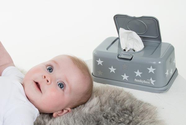 Cajas de toallitas húmedas